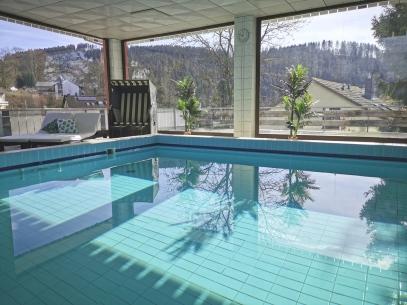 Hotel Pension Jägerstieg und Appartementhaus (direkt gegenüber)